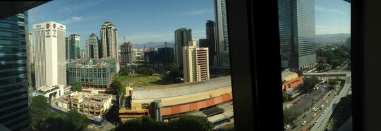 InterContinental Kuala Lumpur : View of the Quartz Range