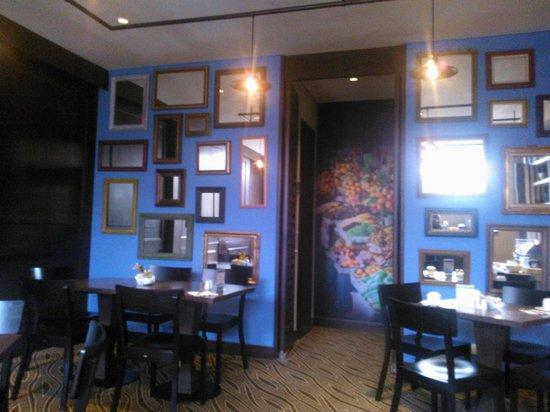 Morrison 114 Hotel: Teo Estiatorio, restaurant griego.