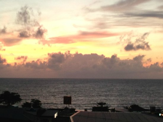 The KEE Resort & Spa: Beautiful Views - Sunset