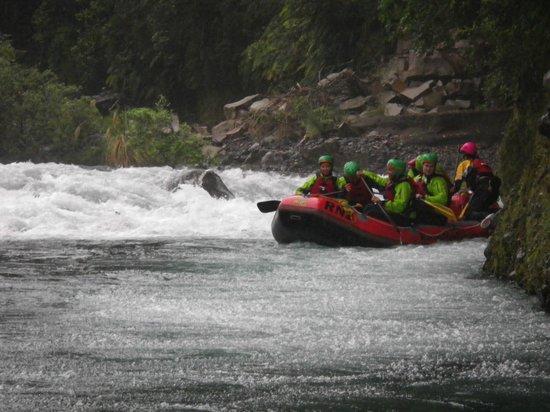 Rafting New Zealand: Splash!