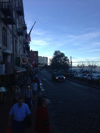 River Street Savannah: River Street