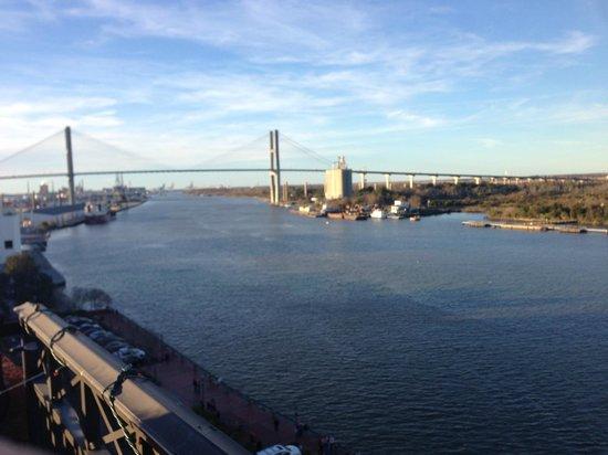 River Street Savannah: Bridge