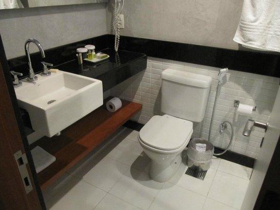 Mar Ipanema Hotel: Bathroom