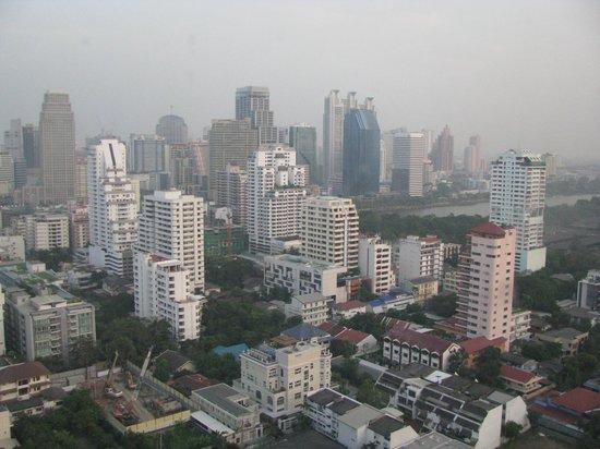 Omni Tower Sukhumvit Nana by Compass Hospitality: Utsikt från våning 31