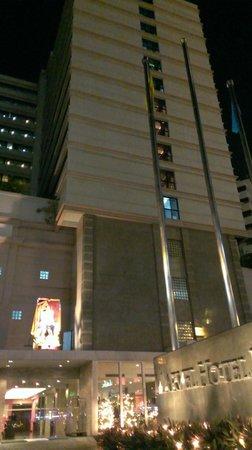 Marvel Hotel Bangkok: Outside View