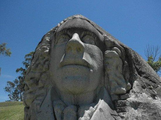 Kahler's Oasis Caravan Park: Leslie dam