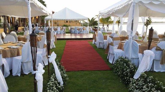 Grand Plaza La Paz : Area de Playa Para Eventos