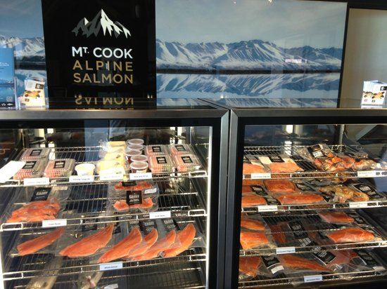 Mt. Cook Alpine Salmon Farm : Display of salmon in the shop