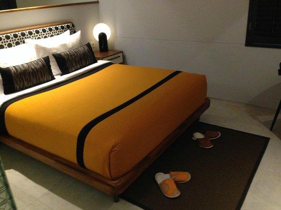 Kosenda Hotel: the bedroom