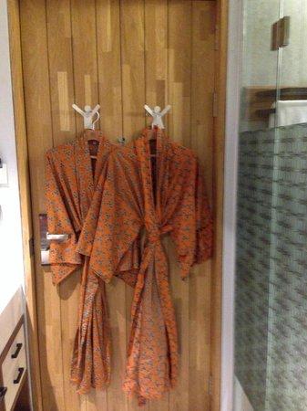 Kosenda Hotel: Kimono in your room
