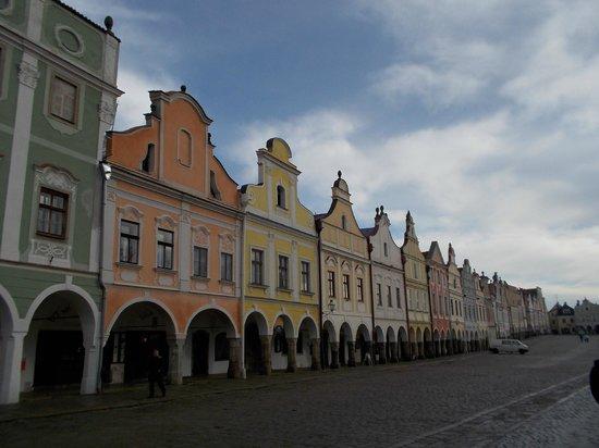 Historic Centre of Telc: ザハリアーシュ広場