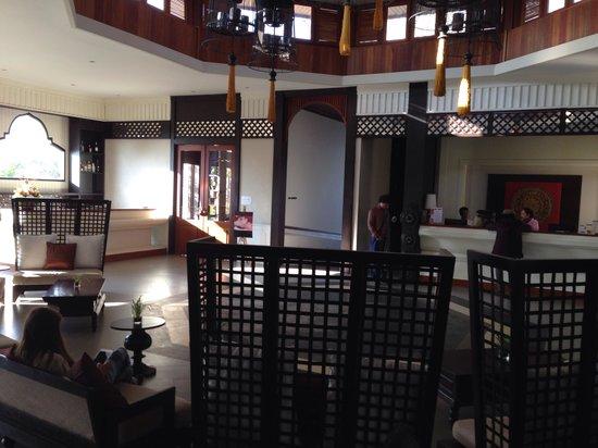 Le Palais Juliana: Lobby