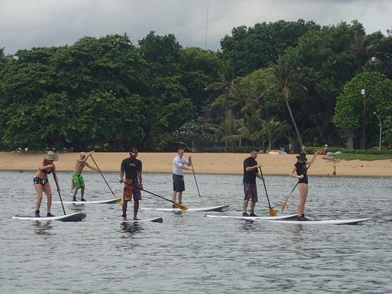 Bali Stand Up Paddle School: cruising along sanur beach