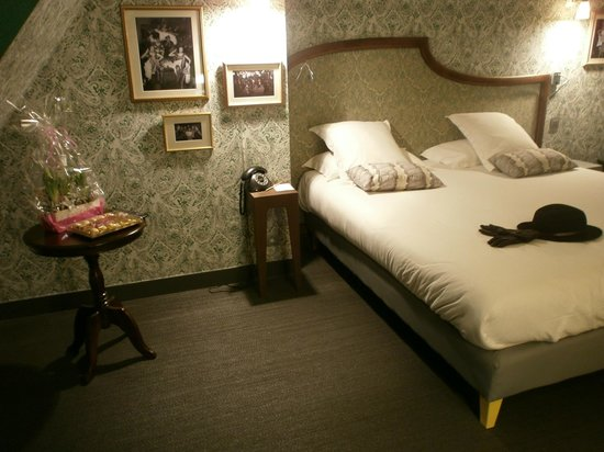 Hotel Joséphine by HappyCulture : charme de la décoration, confort et douceur de la literie..et surprises de Noêl !