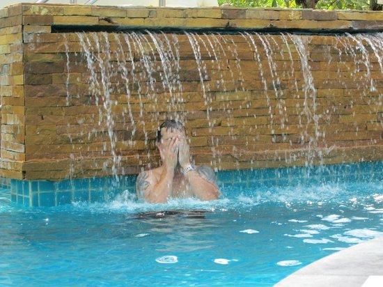 Aquamarine Resort & Villa: Pool