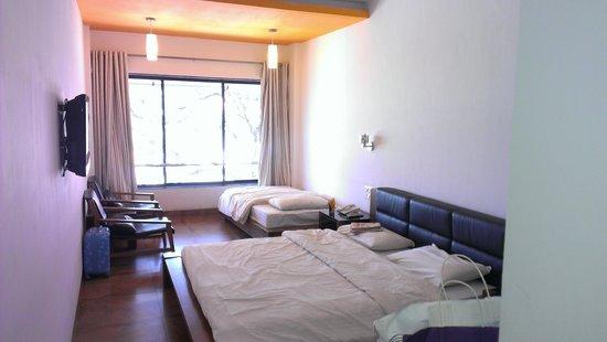 Hotel Gautam: 1st Floor Supirior Room