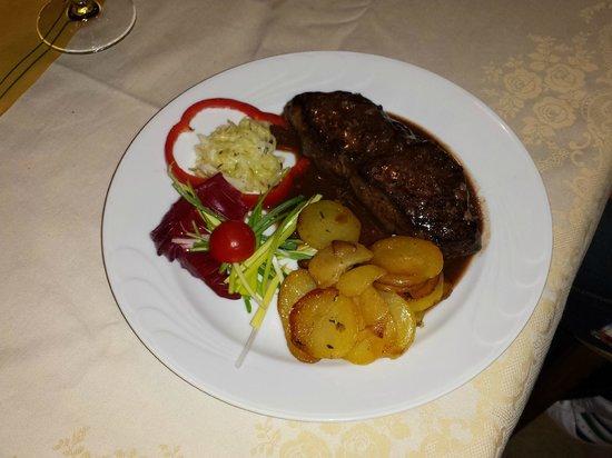 Speckstuben Ruacia : bistecca di cavallo
