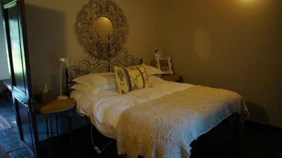 Arumvale Country House: Bett