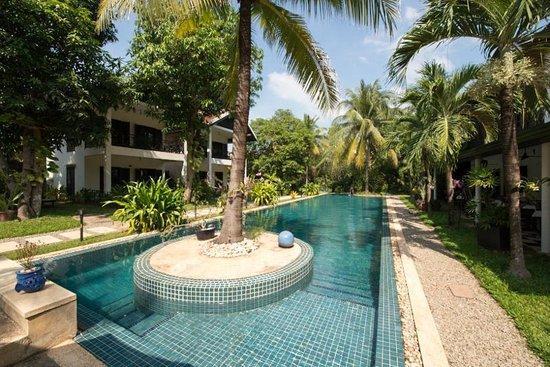 La Maison d'Angkor: Sicht auf Bungalows und Pool