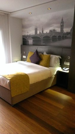 Citadines Trafalgar Square London : la cama