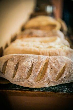 Mandragora: Home made bread