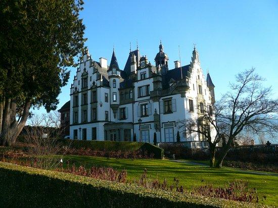 Seehotel Hermitage Luzern: Schloss in nächster Nähe