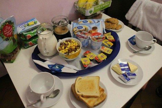 Casa di Silvia Bed&Breakfast: Deli breakfast