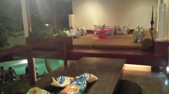 Kiss Bali: Villa Surga Dining/Living area