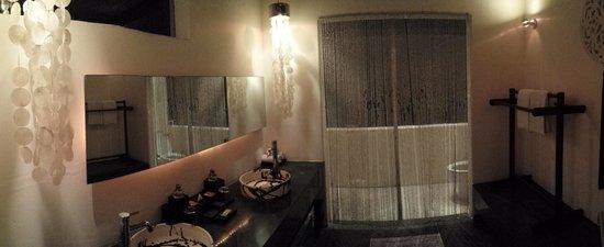 Kiss Bali : Villa Cium Room 3 bathroom