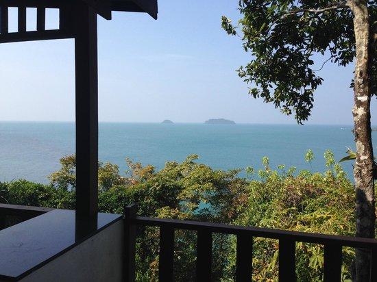 Koh Chang Cliff Beach Resort: vue de la thai house