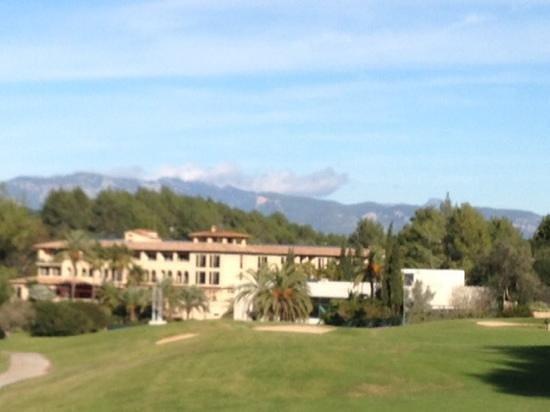 Sheraton Mallorca Arabella Golf Hotel: Blick vom Golfplatz Son Vida