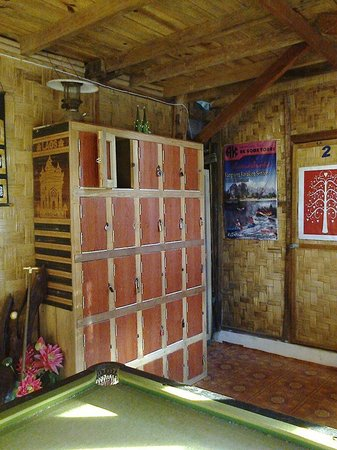 Easy Go Backpacker Hostel: Lockers