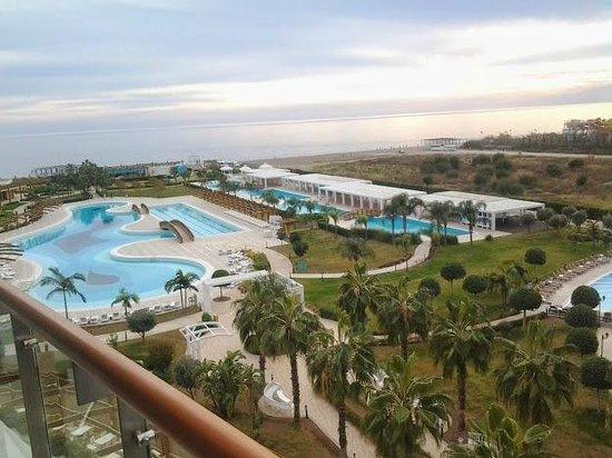 Baia Lara Hotel: Vue Sud de l'hotel
