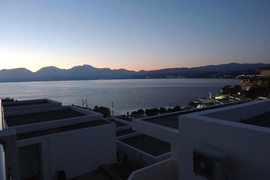 Miramare Resort & Spa : 6 часов утра. Вид из номера