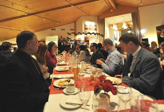 Radisson Blu Polar Hotel, Spitsbergen, Longyearbyen: Christmas community dinner