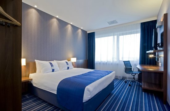 Holiday Inn Express The Hague - Parliament: Standard room with free wifi