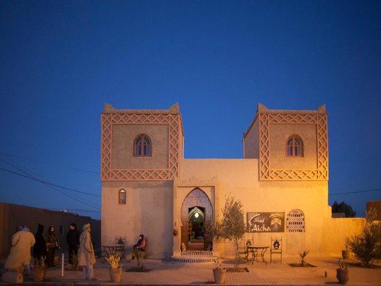 Riad Aicha - Front
