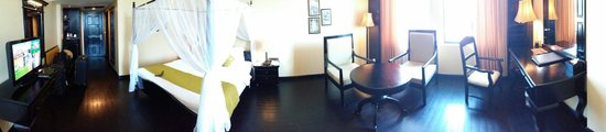 Pacific Hotel & Spa: The room