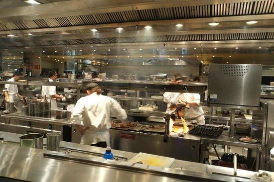 Rockpool Bar & Grill: open kitchen area