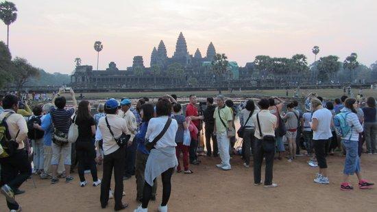 Angkor Vat : 1st sunrise of the Chinese New Year