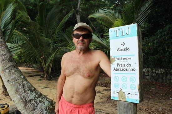 Abraaozinho Beach: Tilha para Abraãozinho