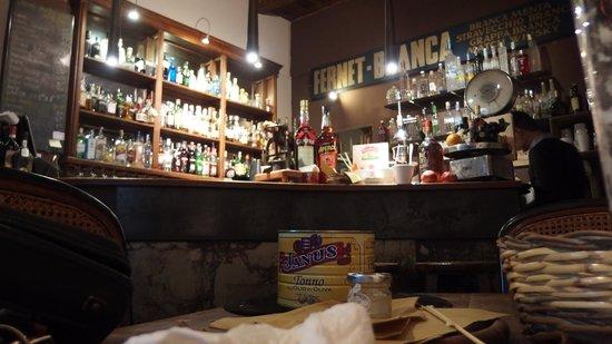 The swine bar bologna picture of swine food boutique for Boutique bologna