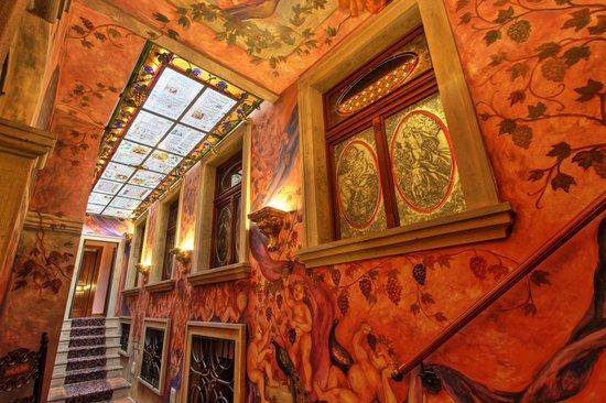 Hotel U Pava: Atrium