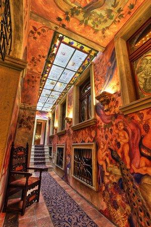 Hotel U Pava : Atrium