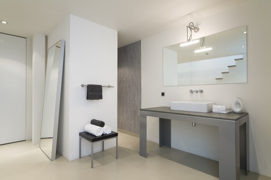 STROOM Rotterdam Split Level Studio - bathroom