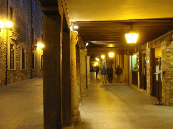 Castilla Termal Burgo de Osma: calle del pueblo