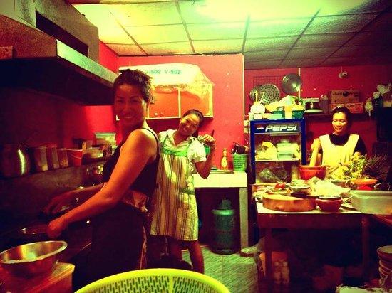 The sisters restaurant & bar : Inhaberinnen Arm + Muy