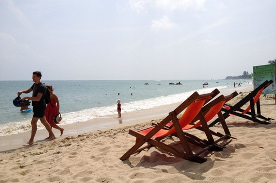 Utopia Resort: The beach