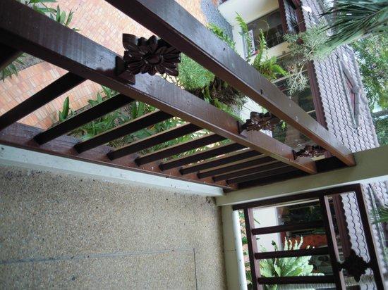 Paradise Beach Resort: Balkon nach zimmerservice!