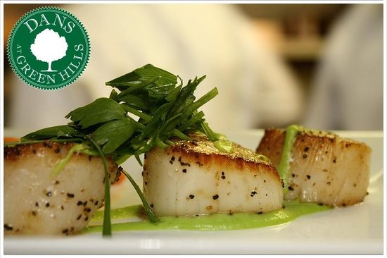 Dans Restaurant: Pan Seared Scallops